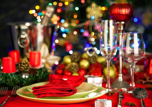 Elegant Christmas table setting:スマホ壁紙(壁紙.com)