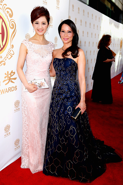 Pale Pink「Hollywood Celebrities Honored At Huading Film Awards」:写真・画像(7)[壁紙.com]