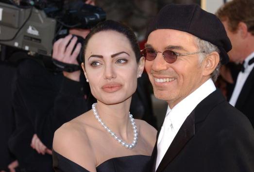 アンジェリーナ・ジョリー「59th Annual Golden Globe Awards」:写真・画像(9)[壁紙.com]