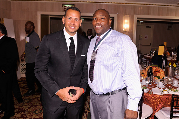 Alex Rodriguez - Baseball Player「29th Annual Great Sports Legends Dinner To Benefit The Buoniconti Fund To Cure Paralysis - Dinner」:写真・画像(13)[壁紙.com]
