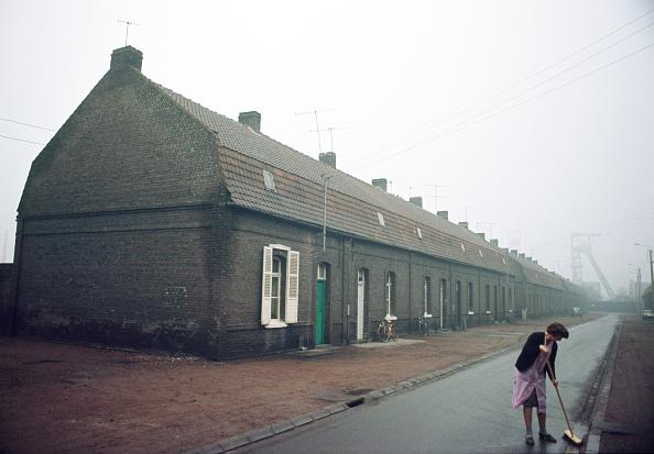 Row House「Northern France」:写真・画像(4)[壁紙.com]