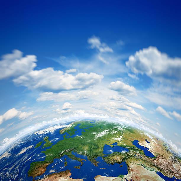 地球と美しいブルースカイ:スマホ壁紙(壁紙.com)