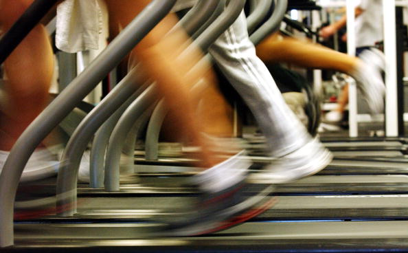People「New Year's Resolutions Send Thousands To The Gym」:写真・画像(8)[壁紙.com]