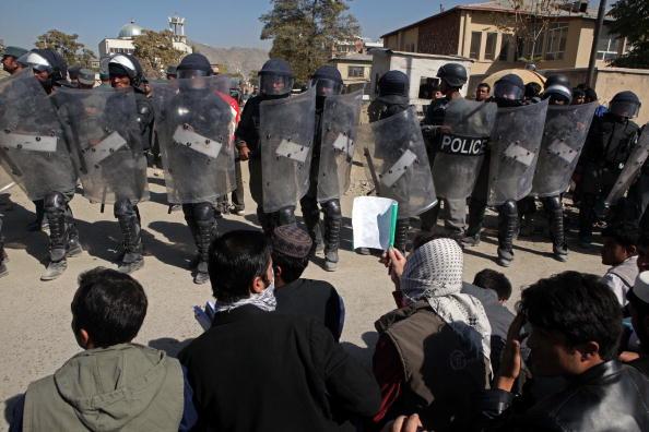 Kabul「Afghans Protest Over Allegations Of Desecration Of Koran By Foreign Troops」:写真・画像(15)[壁紙.com]