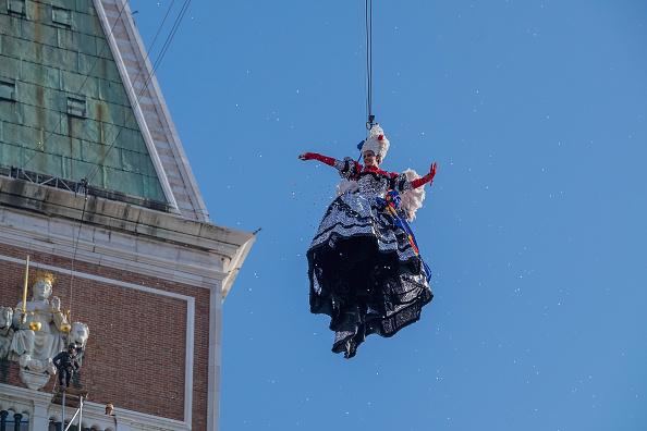 Venice Carnival「Flight of the Angel (Il Volo Dell'Angelo) - Venice Carnival 2018」:写真・画像(5)[壁紙.com]