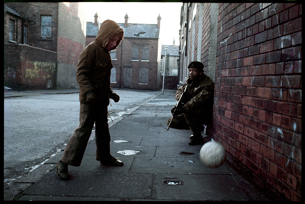 Color Image「Children In Belfast」:写真・画像(12)[壁紙.com]