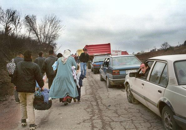 Valley「Albanian Refugees Fleeing Serbia」:写真・画像(5)[壁紙.com]