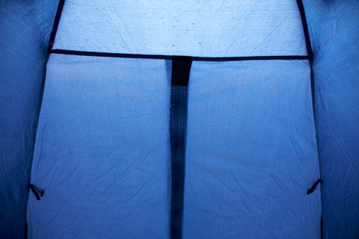 Eco Tourism「inside of a small tent door in the rain」:スマホ壁紙(7)