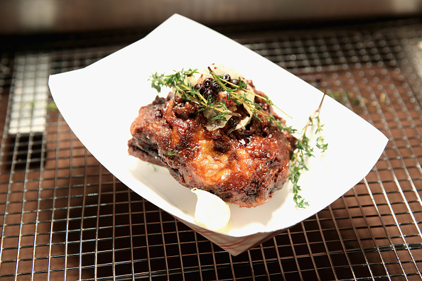 Chicken Meat「Chicken Coupe Hosted By Whoopi Goldberg - Food Network & Cooking Channel New York City Wine & Food Festival presented By FOOD & WINE」:写真・画像(12)[壁紙.com]