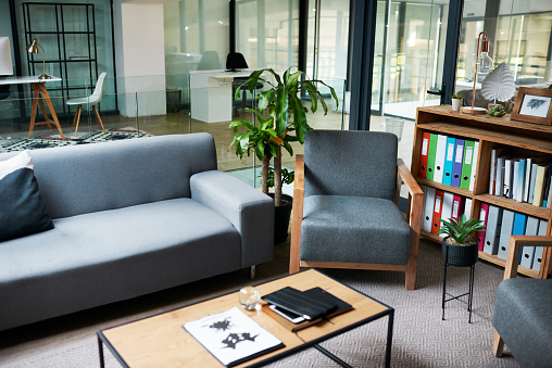 Alternative Therapy「The workplace that puts your wellness first」:スマホ壁紙(9)