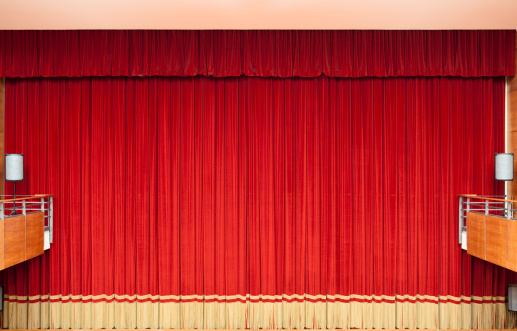 Auditorium「Red curtain in a classical Theatre」:スマホ壁紙(11)
