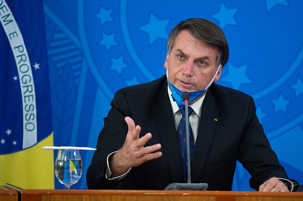 Brasilia「President Jair Bolsonaro and Health Minister Luiz Henrique Mandetta Hold a Press Conference about the Coronavirus (COVID-19)」:写真・画像(12)[壁紙.com]