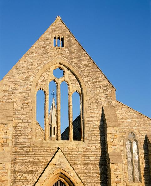 Ruined「Royal Garrison Church, Portsmouth, Hampshire, c2000s(?)」:写真・画像(15)[壁紙.com]