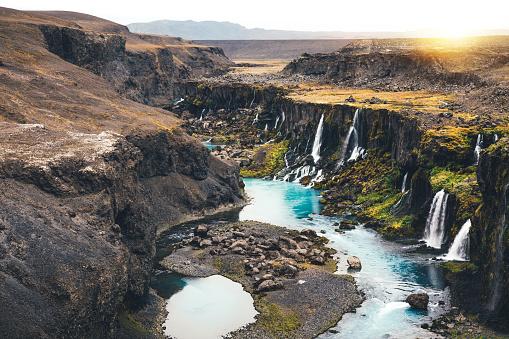 Basalt「Waterfalls In Iceland」:スマホ壁紙(9)