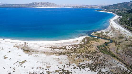 インド洋「こそ湖ブルドゥル トルコの空撮写真」:スマホ壁紙(11)