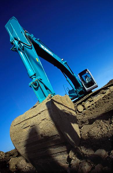 Earth Mover「Kobelco crawler excavator」:写真・画像(5)[壁紙.com]