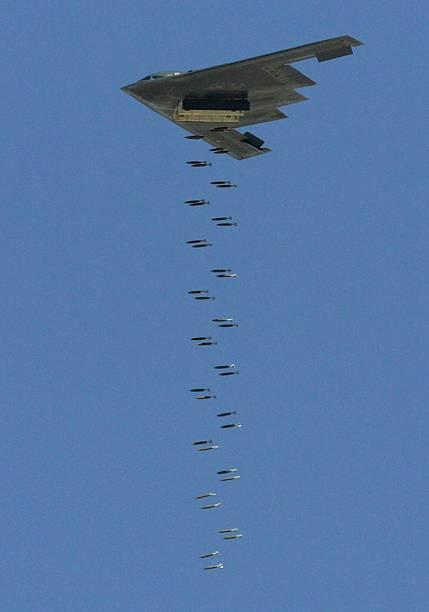 USAF Tests Weapons In Nevada Desert:ニュース(壁紙.com)