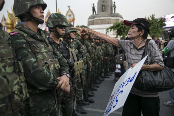Thailand「Thailand's Military Coup Continues As General Prayuth Receives Royal Endorsement」:写真・画像(13)[壁紙.com]