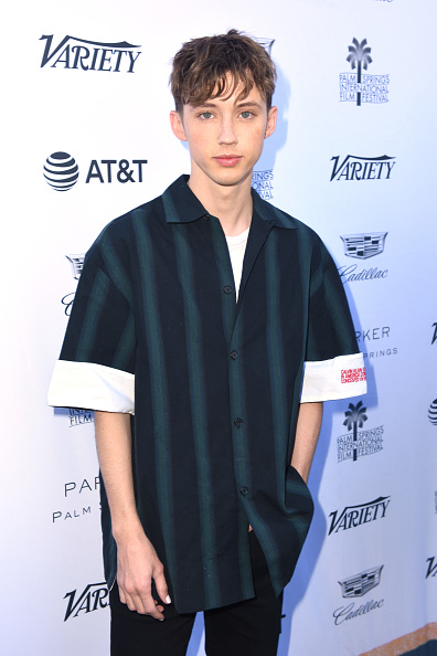 Open Collar「30th Annual Palm Springs International Film Festival - Variety's Creative Impact Awards And 10 Directors To Watch Brunch」:写真・画像(3)[壁紙.com]
