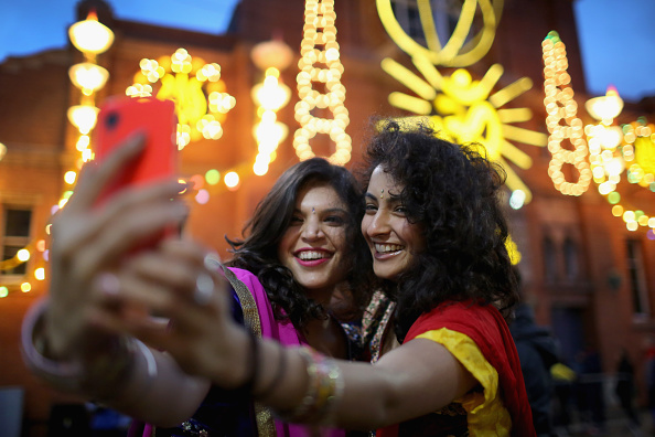 Friendship「Diwali Festival Of Light Celebrated In The UK」:写真・画像(18)[壁紙.com]
