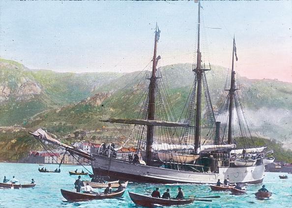 Passenger Craft「The ship Fram of Fridtjof Nansen is leaving the Harbor Christiania (Oslo). Norway. Hand-colored lantern slide. June 24, 1893.」:写真・画像(0)[壁紙.com]