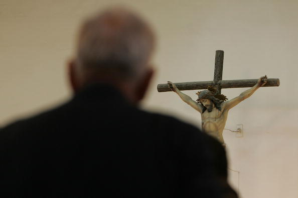 Spirituality「Iraqi Christians Attend Mass As They Await Election Results」:写真・画像(17)[壁紙.com]