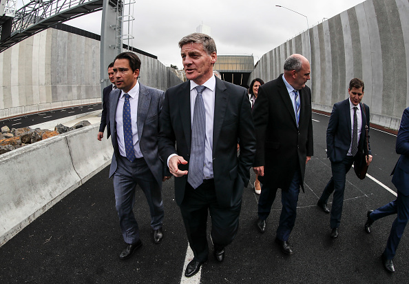 Transport Minister「Aucklanders Celebrate Waterview Connection Tunnel Opening」:写真・画像(4)[壁紙.com]