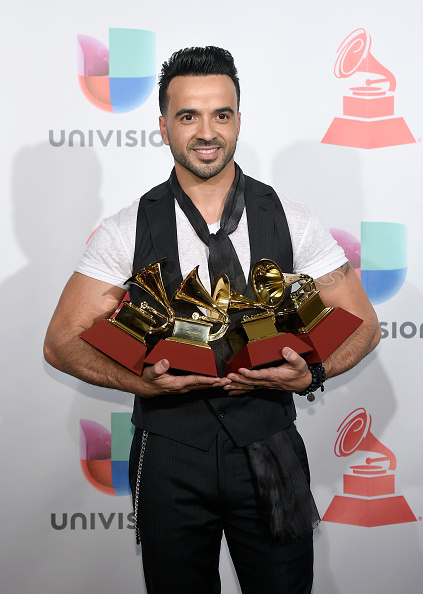 Annual Event「The 18th Annual Latin Grammy Awards - Press Room」:写真・画像(1)[壁紙.com]