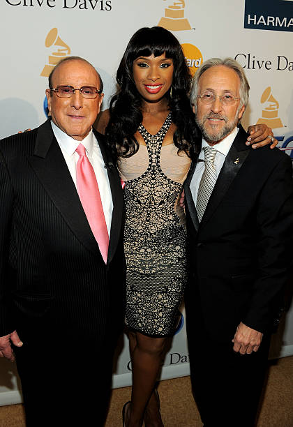 Clive Davis And The Recording Academy's 2011 Pre-GRAMMY Gala And Salute To Industry Icons Honoring David Geffen - Red Carpet:ニュース(壁紙.com)