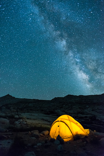 Night「Glowing tent and stars in High Sierra」:スマホ壁紙(0)
