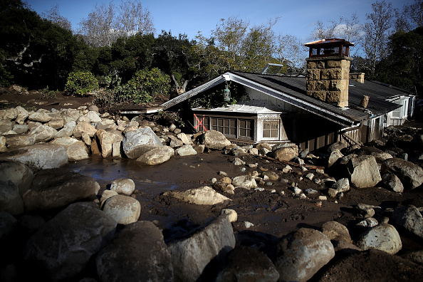California「Mudslides Kill Over 10 People In Montecito, Where Wildfire Scorched Hillside」:写真・画像(3)[壁紙.com]