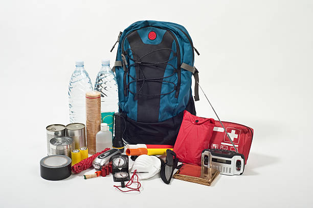emergency backpack:スマホ壁紙(壁紙.com)