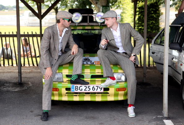 Congregation「The Mongol Rally Sets Off From The Goodwood 'Festival of Slow'」:写真・画像(2)[壁紙.com]