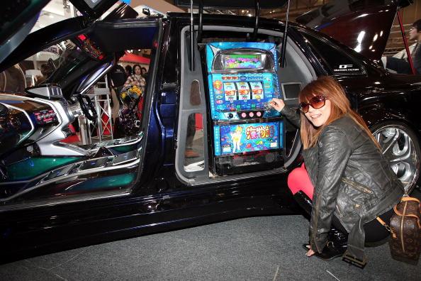 Tokyo Auto Salon「The 26th Tokyo Auto Salon」:写真・画像(19)[壁紙.com]