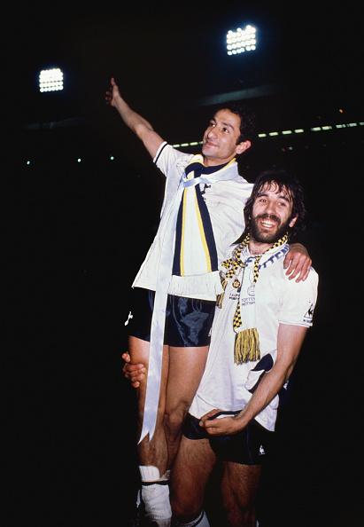 Villa「Osvaldo Ardiles and Ricardo Villa」:写真・画像(0)[壁紙.com]