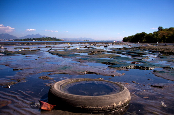 Rio「Pollution In Rio's Guanabara Bay A Challenge For 2016 Olympics」:写真・画像(16)[壁紙.com]