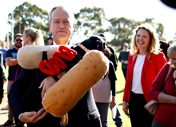Incidental People「Bill Shorten Campaigns In Key Electorates As Election Day Nears」:写真・画像(7)[壁紙.com]