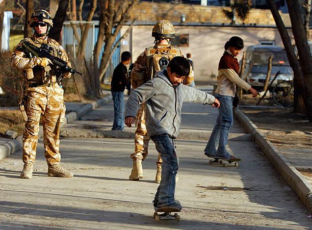 Skateboarding in Kabul:ニュース(壁紙.com)