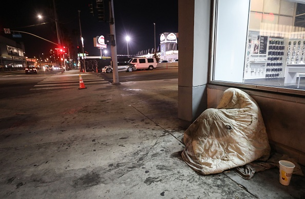 Homelessness「U.S. Struggles With Coronavirus Amid A Surge Of New Cases」:写真・画像(8)[壁紙.com]
