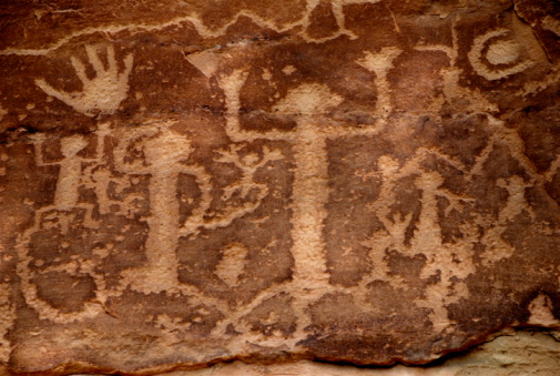 Cliff Dwelling「Ancestral Puebloans (Anasazi) Petroglyphs - Cave Paintings」:スマホ壁紙(1)