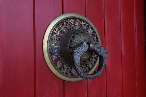 寺「Entrance door of Buddhist monastery」:スマホ壁紙(0)