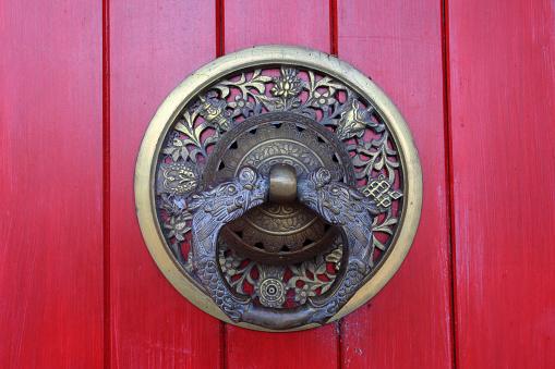 寺「Entrance door of Buddhist monastery」:スマホ壁紙(1)