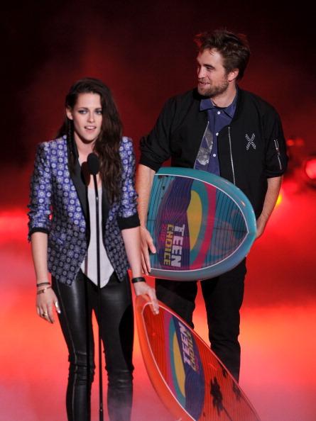 ロバート・パティンソン「Teen Choice Awards 2012 - Show」:写真・画像(3)[壁紙.com]