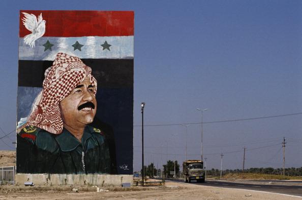 Saddam Hussein「Saddam Painting」:写真・画像(1)[壁紙.com]