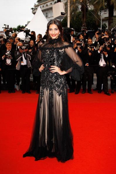 Alexander McQueen - Designer Label「Closing Ceremony & Therese Desqueyroux Premiere - 65th  Annual Cannes Film Festival」:写真・画像(0)[壁紙.com]