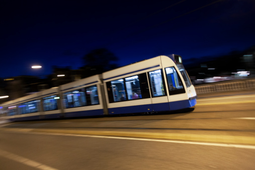 Passenger「Tram at night with panning motion in Amsterdam」:スマホ壁紙(19)