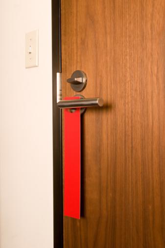 Light Switch「Do not disturb sign on door handle」:スマホ壁紙(5)