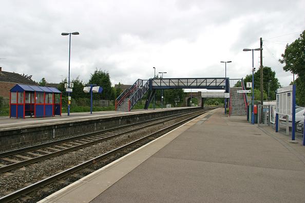 Waiting「General platform view of Hatton station」:写真・画像(3)[壁紙.com]