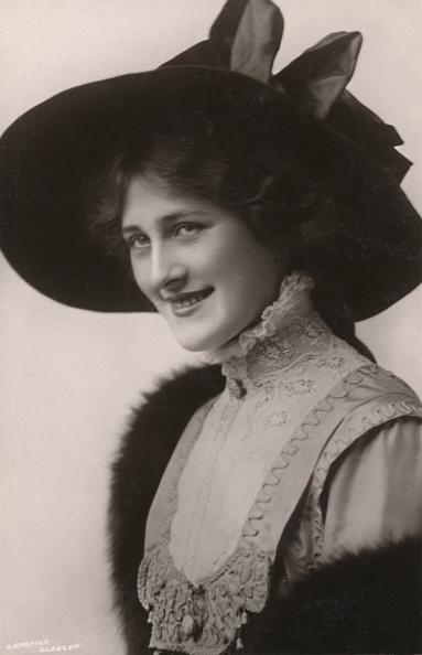 Edwardian Style「Miss Phyllis Dare」:写真・画像(12)[壁紙.com]