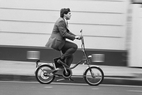Black And White「Felice Campopiano Riding The Pedelec」:写真・画像(16)[壁紙.com]